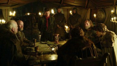 GoT S02E01 00.39.47 - Robb Stark's war tent