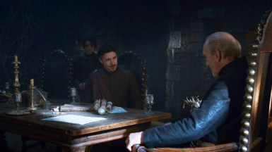 GoT S02E06 00.15.04 - Tywin Lannister' war council at Harrenhal