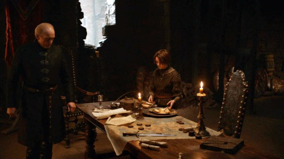 GoT S02E06 00.34.45 - Tywin Lannister' room at Harrenhal