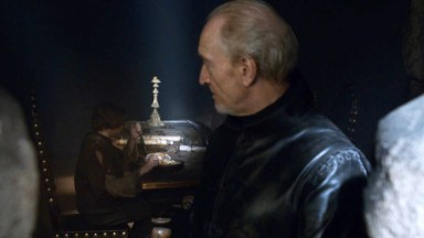 GoT S02E07 00.11.10 - Tywin Lannister' room at Harrenhal