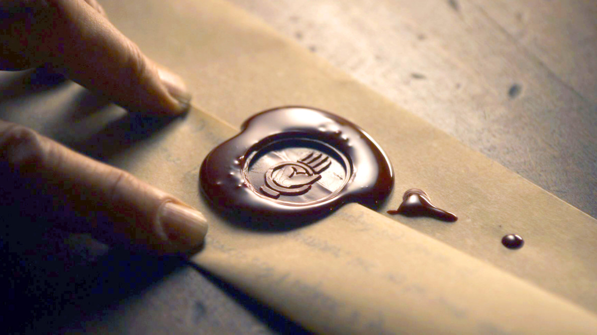All Wax Seals with Sigils on Letters and Documents in Game of Thrones (They Are Doing It Wrong!)