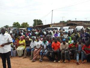 La population de Léo est sortie pour apporter leur soutien au MPP