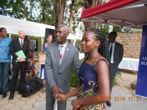 La seule fille qiui a pris part à la compétition Mlle Kiswensida Nanema a obtenu le prix de la mention honorable