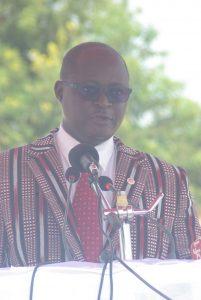 M. Loïse Tamalgo, Directeur général de Huawei S.A au Burkina Faso, prononçant son discours.