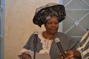 Mme Suzanne Paré, Présidente de l'Association des Samo