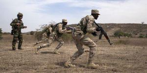 Des militaires en plein exercice