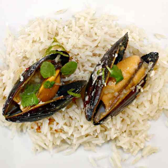 Thai Coconut Mussels