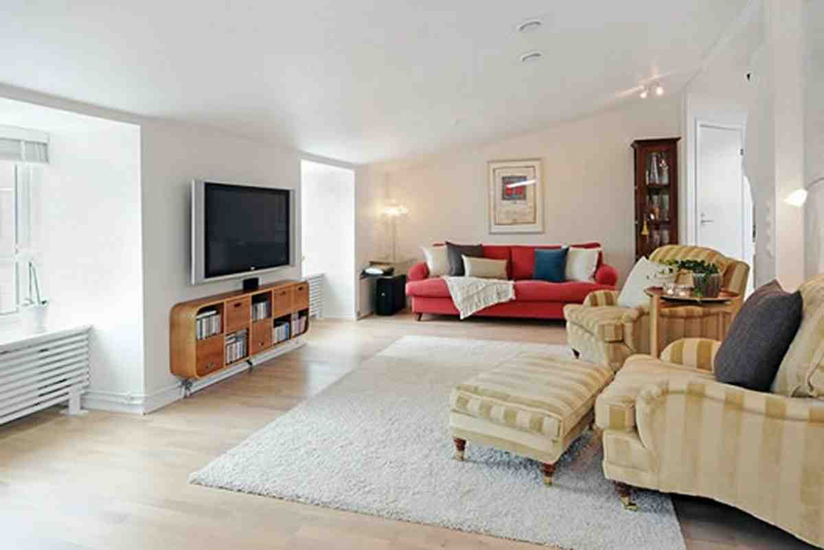 If your small living room is cramped, the last thing you want to do is hang out there. Area Rug Ideas for Living Room - Decor Ideas