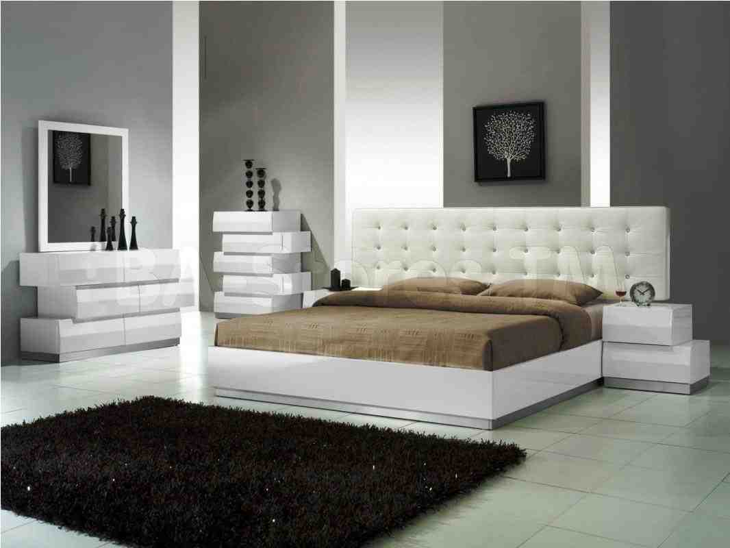 You might be left wondering where to put all of your belongings or how to make the space livable. Modern White Bedroom Furniture - Decor Ideas