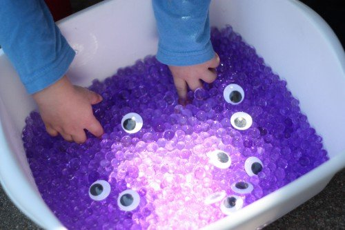 I Can Teach My Child--Monster Sensory Tub