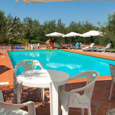 Swimming pool I Casalini farmhouse in Tuscany