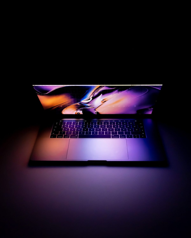 miniLED Macbook