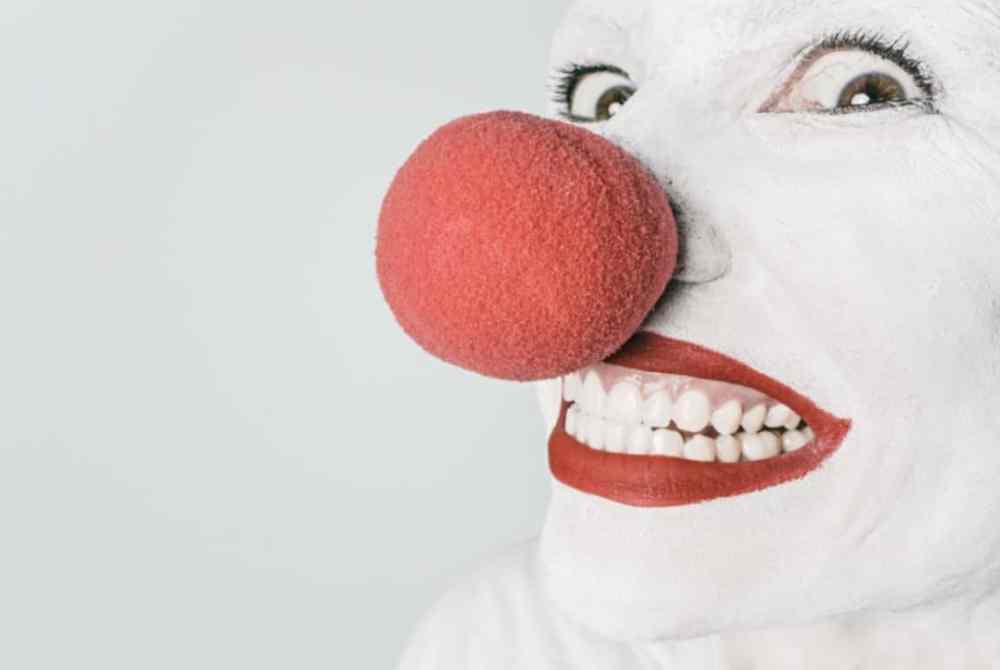clown face on LinkedIn?