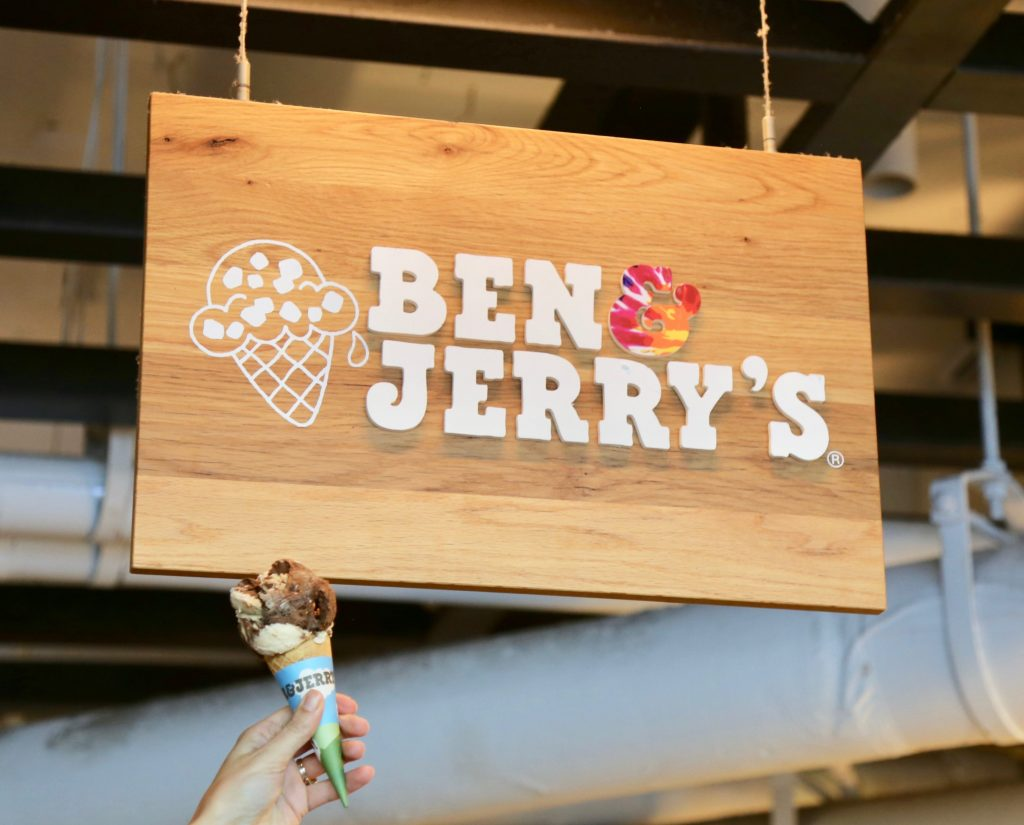 Ben & Jerry's Marshmallow Moon - Ice Cream Sundays