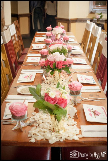 bridal-shower-bachelorette-party-iceland-wedding-table-setup-photos-by-miss-ann