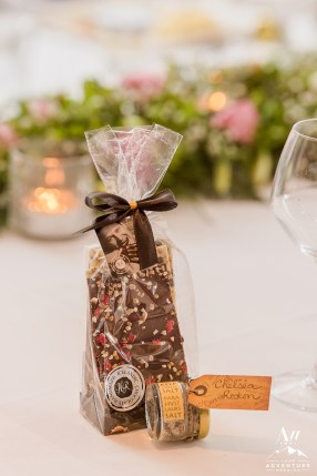 iceland-wedding-favor-chocolate