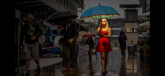 high-tech umbrella enables holidaymakers to enjoy summer glow after they get home