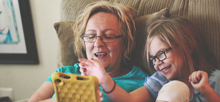 Just three in ten parents read stories to their children every day
