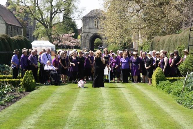 Norwich Community Choir at Bishops Garden