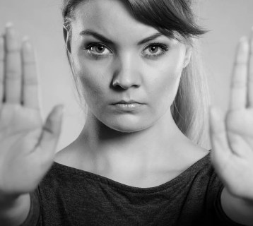 7-Signs-You-Need-to-Set-Personal-Boundaries