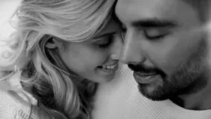 How-To-Build-Intimacy-In-Your-Relationship-According-To-Relationship-Experts-3-300x169
