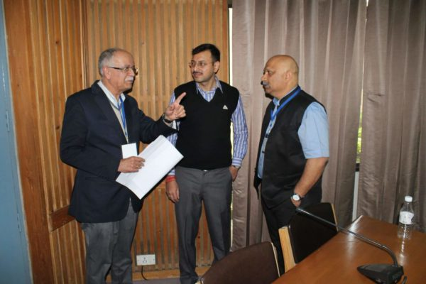 Rajeev-Kapoor-Abhinav-Singhal-and-Nirbhay-Karandhikar-at-IC-InnovatorCLUB-third-meeting-1024x683