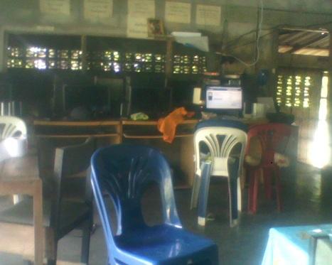 Chang-Rai-Netcafe-in.jpg