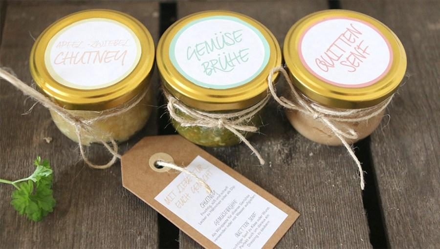 Ich schenke genre kleine selbstgemachte Mitrbingsel wie Chutney, Marmelade oder Senf. Hier kommen drei einfach und tolle Rezepte | Ichsowirso