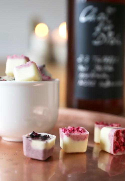 Sirup für Chailatte ist super schnell gemacht. Der winterliche Chaisirup ist auch ein super Geschenk zu Weihnachten. Rezept jetzt auf dem Blog   Ichsowirso