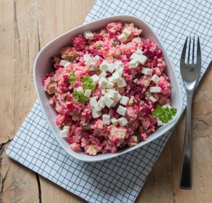 Hirsesalat mit Feta und Roter Beete. Lecker leichtes Rezept und das perfekte Mitbringsel zum grillen oder als leichte Beilage   Ichsowirso.de