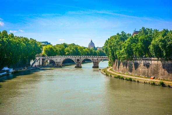 Venez visiter avec nous le Vittoriano, Trevi, Trastevere, Villa Borghèse et Gianicolo. Les grands monuments de Rome, Capitale de l'Italie !