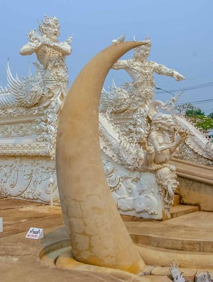 Wat Rong Khun White Temple Temple Blanc Chiang Rai Thailande (13)