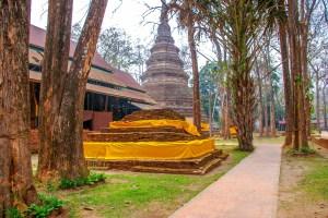 Chiang Saen temple chedi Thaïlande Chiang Rai blogvoyage blog voyage icietlabas