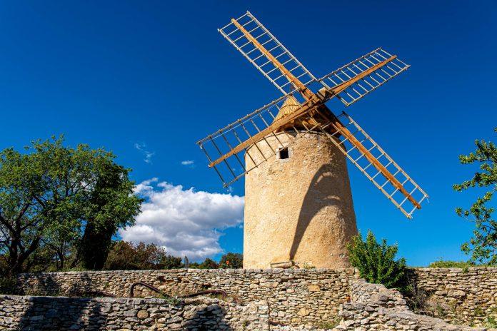 Saint-Saturnin-lès-Apt Villages méconnus du Luberon blog voyage France-24