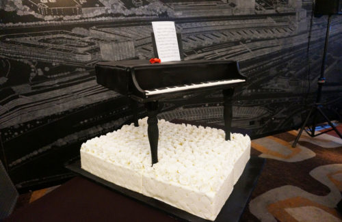 Piano cake by Cakes by Evey