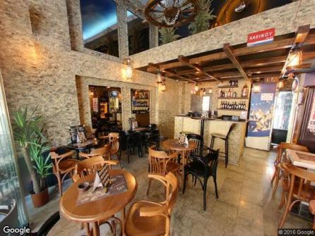 Bristol Pub & Hostel