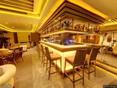 Glass Lounge Bar