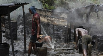 Navy Hands Over 15 Suspected Oil Thieves To Civil Defence Corps