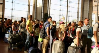 Russian Flies 11,000 Tourists In Egpyt Back Home