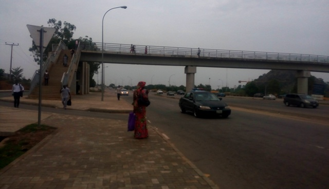 SPECIAL REPORT:   Jaywalkers in Abuja avoid pedestrian bridges built to protect them