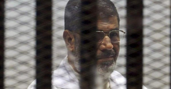 Morsi Muhammed, former Egyptian president in prison. He died on Monday. Photo source: Twiter/@HRW