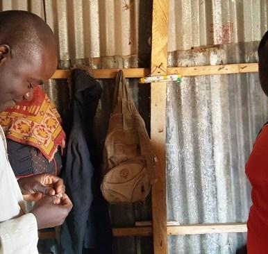 Isah Mohammed, 32, from Zamfara State measures Gold in Grams at Ibodi site, OsunState. Photo Credit: Olugbenga Adanikin, The ICIR