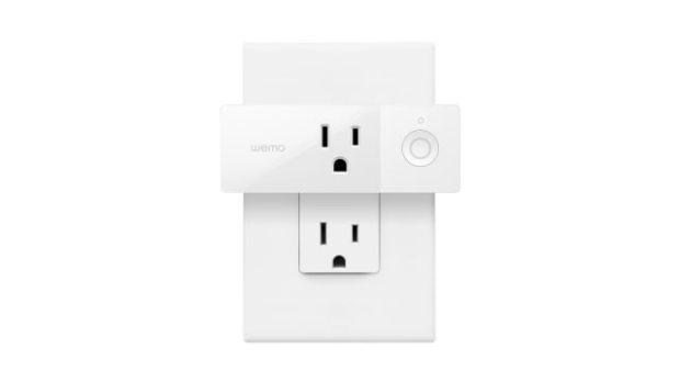 Wemo Mini Smart Plug With Apple HomeKit Support On Sale for $17.99 [Deal]