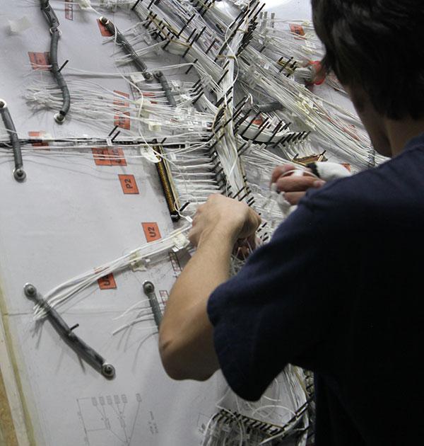 Fabricación de cableado especial a medida, en ICM