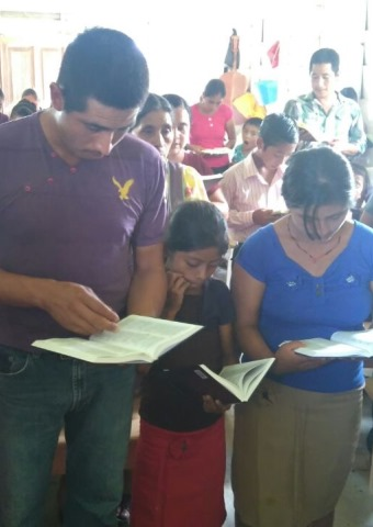 Christian families in Chiapas meet to worship even though they face persecution.