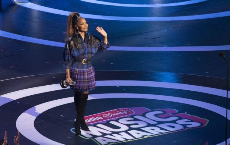 Janet Jackson Gets IMPACT Award at Radio Disney, Recites Amazing Speech image