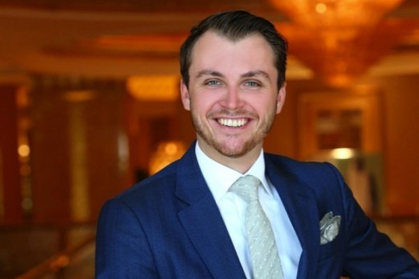 EMIRATES PALACE HOTEL APPOINTS NEW DIRECTOR OF FOOD AND BEVERAGE