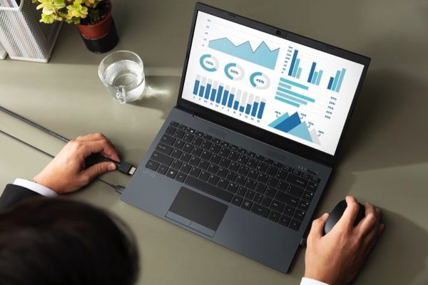 VAIO® FE – Simply the Finest