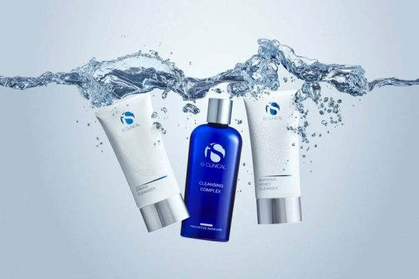iS Clinical's Triple Cleanse Kit: A Luxurious Spa-Worthy Experience