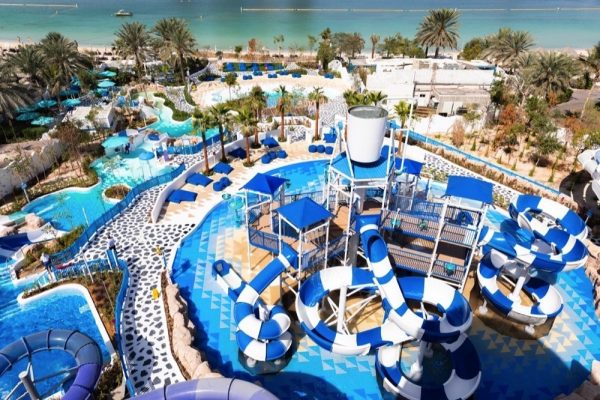 UNLIMITED FIVE-STAR POOL, GYM AND BEACH